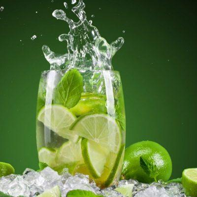 Mitos y hechos sobre el agua caliente de limón