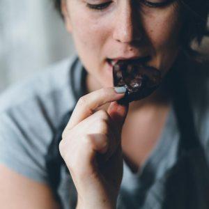 Reflujo de chocolate y ácido: ¿Cuál es el vínculo?
