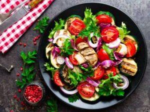 ¿La carne blanca es realmente más saludable que la roja?
