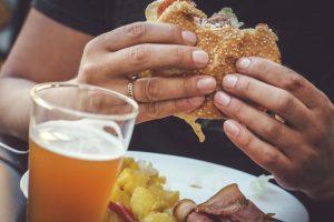 Qué saber sobre la relación entre la dieta y el cáncer