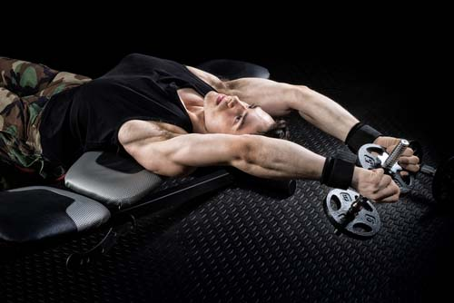 Intégrer le pullover à votre programme de musculation